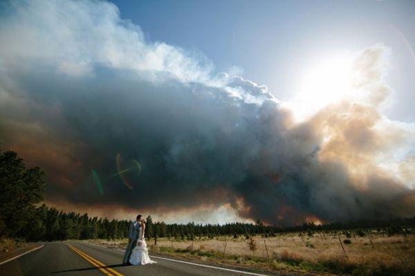 Свадьба на фоне пожара