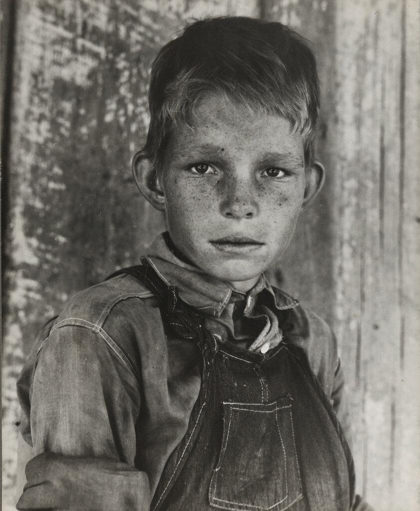 Mississippi, inthe Delta area, by Dorothea Lange 1937
