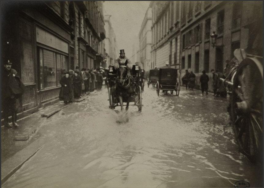 Flooding in Paris 1910