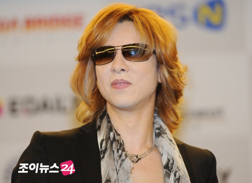 [Yoshiki] Yoshiki esta en Corea 0_68235_bdeb8466_L