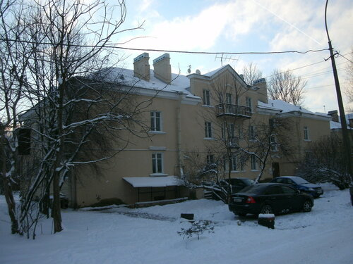 Загородная ул. 33