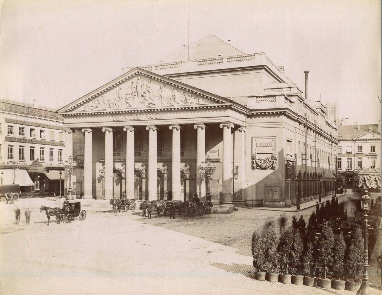 Королевский оперный театр де ла Монне