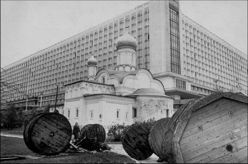 1972. Москва. Гостиница «Россия» возле Красной площади
