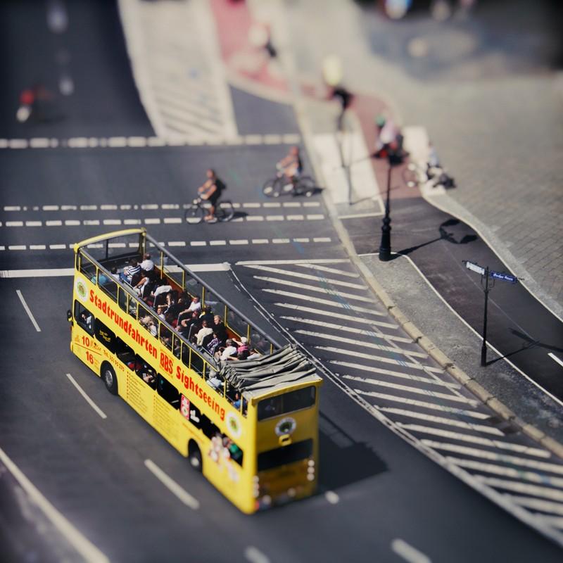 Kak-vyglyadyat-znamenitye-goroda-v-tilt-shift-fotografiyax-64-foto