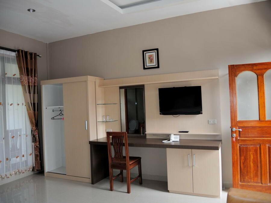 Мебель в номере геста