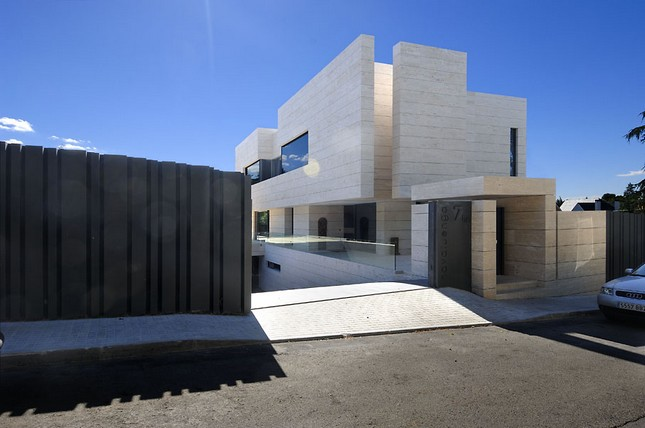 Symphony House от A-cero Architects в Испании