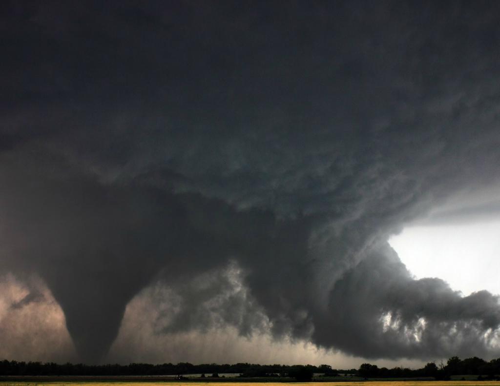 Большой фотопост ураганы и смерчи