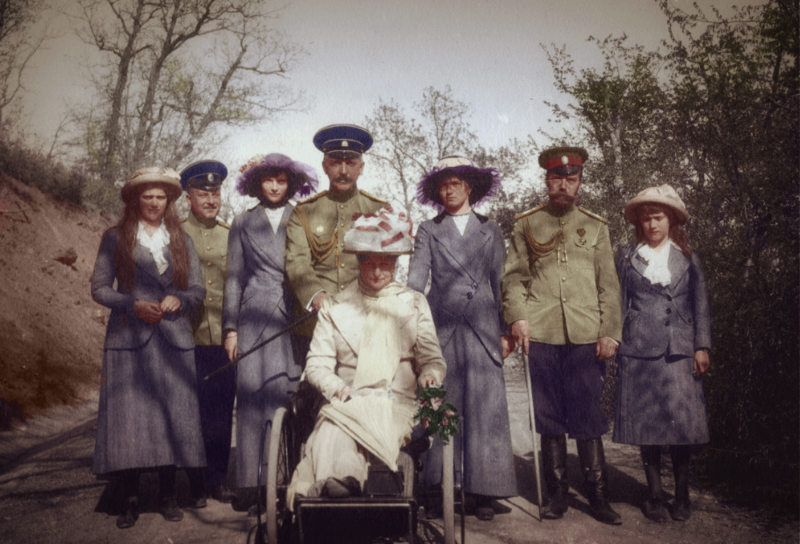 tsar_nicholas_ii_and_his_family_by_kraljaleksandar-d756pzq.png