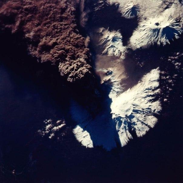 Красивые фотографии: извержения вулканов 0 10f560 7a8f8edc orig