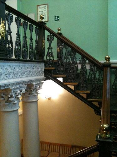 Лестница в здании Дворянского собрания
