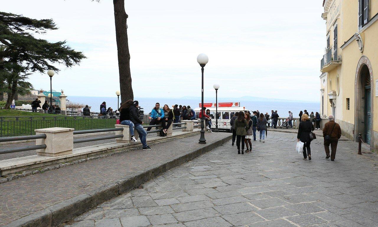 Сорренто. Площадь Победы (Piazza della Vittoria)