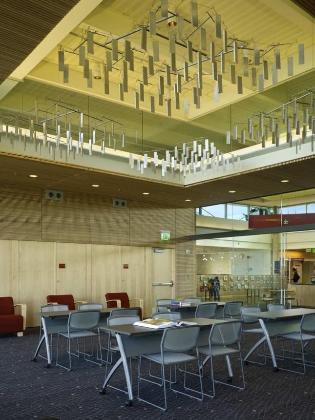 Библиотека от Perkins+Will Architects в городе Саммамиш, Вашингтон