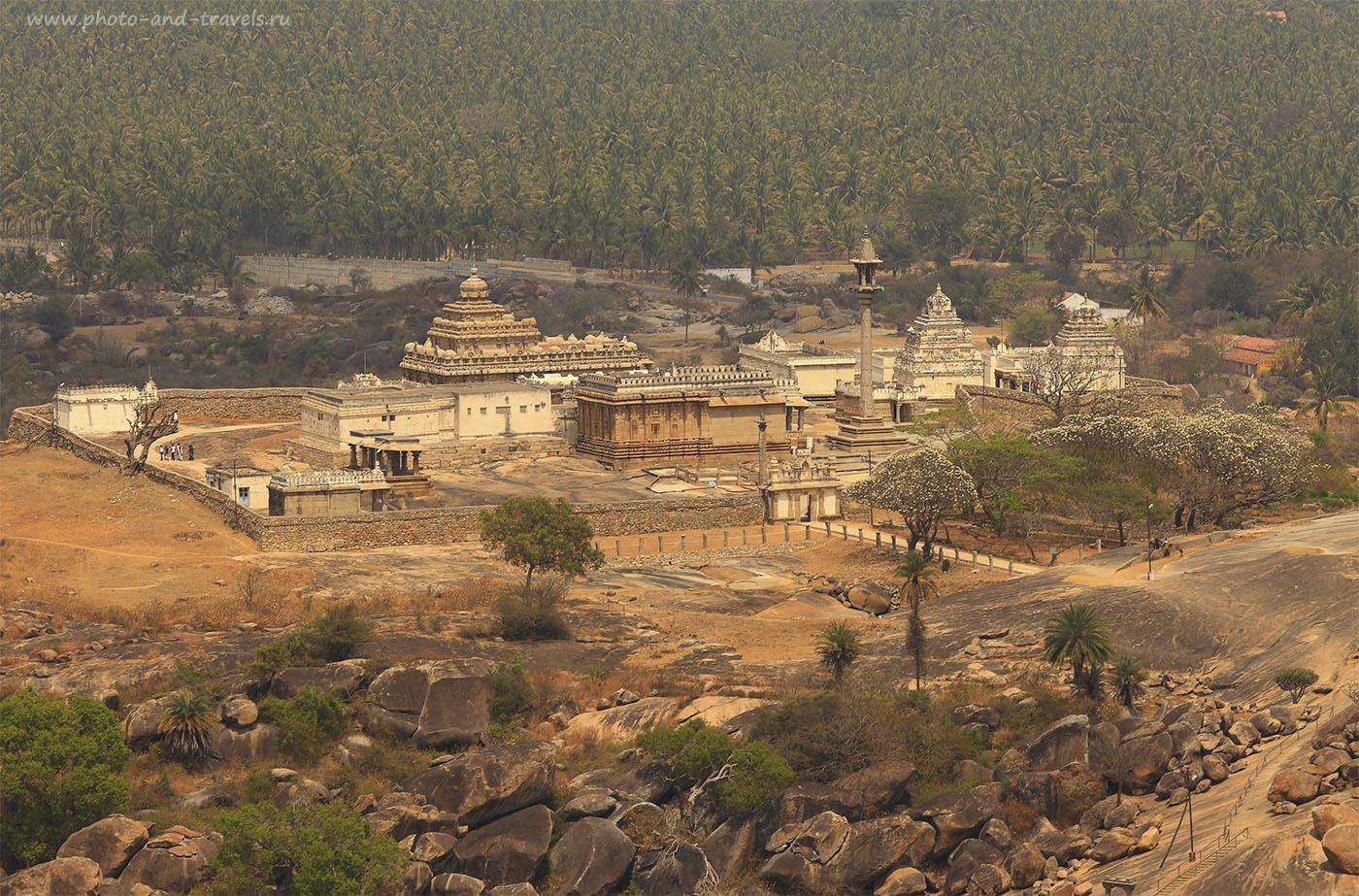 Фотография 23. Вид на храмовый комплекс холма Чандрагири (Chandragiri Hill). Туры по Индии. Поездка по Карнатаке. 1/160, 14.0, 100, 200. Камера Кэнон 6Д и телеобъектив Кэнон 70-200/4.