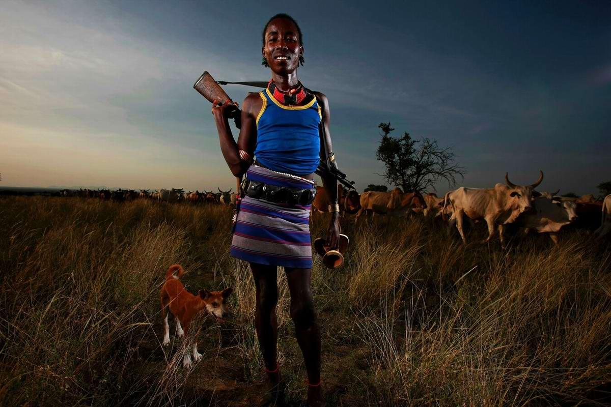 Фото девушек из диких племен 14 фотография