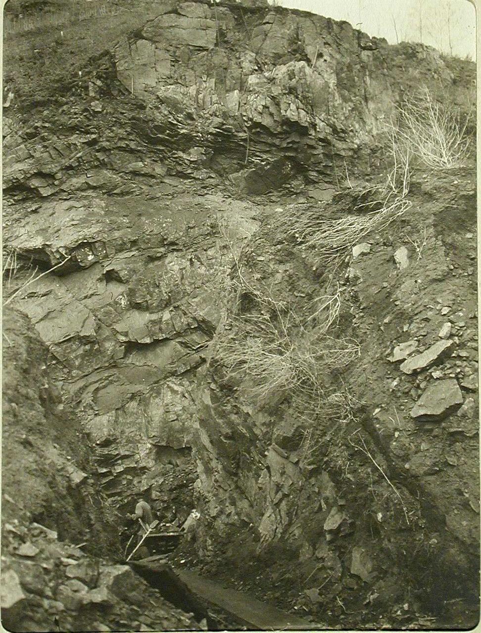 78. Вид участка Кругобайкальской железной дороги во время тоннельных работ. Забайкальская обл., между ст. Шарыжалгай - Култук