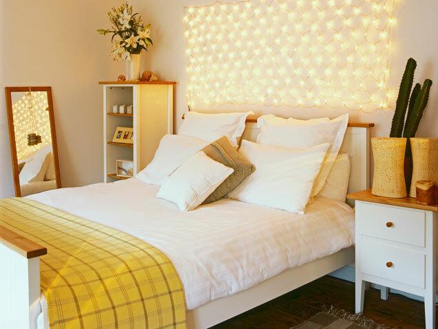 Красивый интерьер спальни девушки