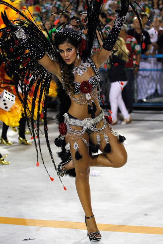бразильские танцы на карнавале для повседневной носки