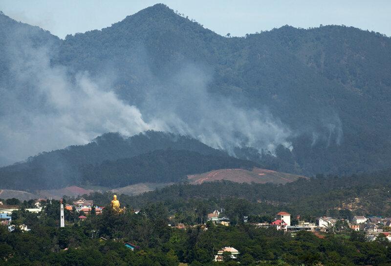Лесные пожары над Далатом