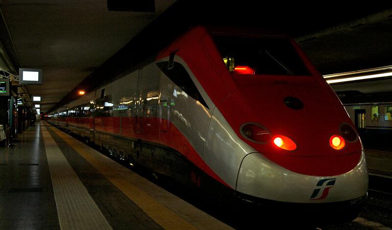 об интересных особенностях итальянских железных дорог