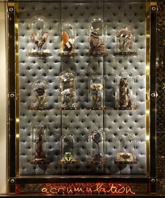 Скульптуры из аксессуаров Louis Vuitton от Billie Achilleos