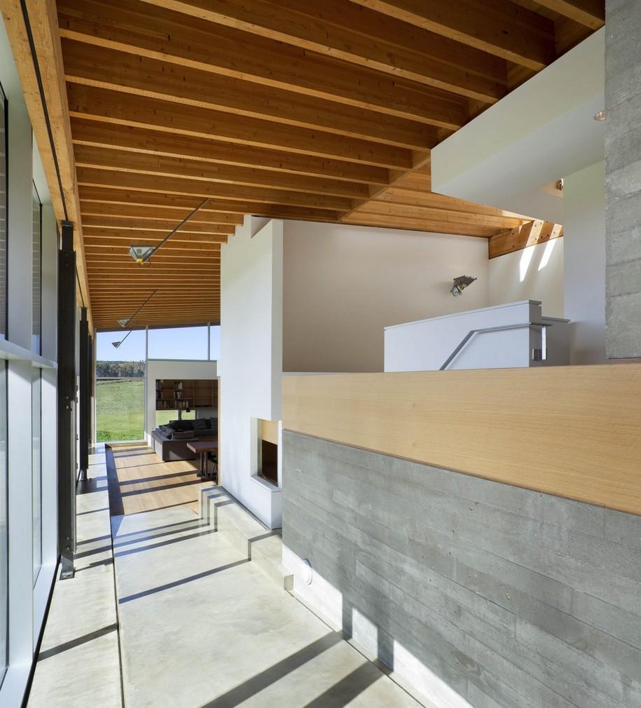 Необычный дизайн дома в Канаде от Ian MacDonald Architect
