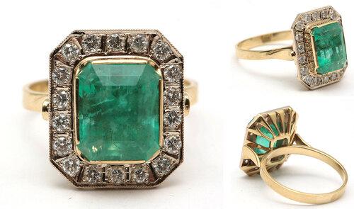 """Кольцо с изумрудом и бриллиантами. Классический дизайн. Золото. Природный изумруд (уральский) огранки """"emerald"""" 5.25 карат, средне-светлый зеленый, чистота - Г3/ SI. 18 бриллиантов Кр-57 ~ 0.47 карата цвета 3-4/G-I, чистоты 4-5/ VS-SI. Размер 19-19.5 9000"""