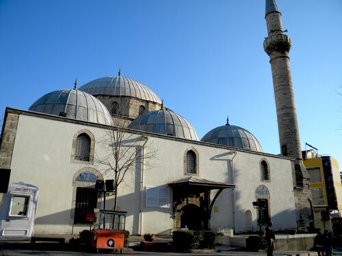6-ти купольная мечеть