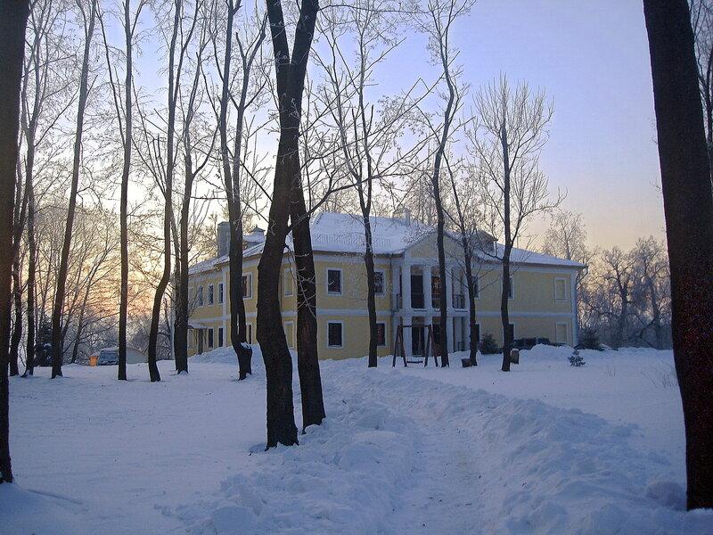 Зима,с.Остров,Покровский дом