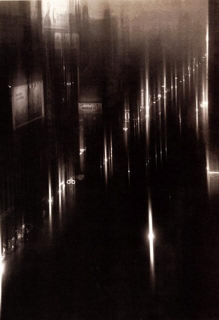 On Fortieth Street, New York, 1925
