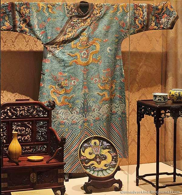 халат лунпао императрицы Цы Си. Китай, 1860-е гг