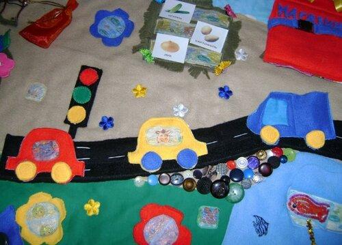 Развивающий коврик для малышей... транспорт, дорожно-транспортное движение