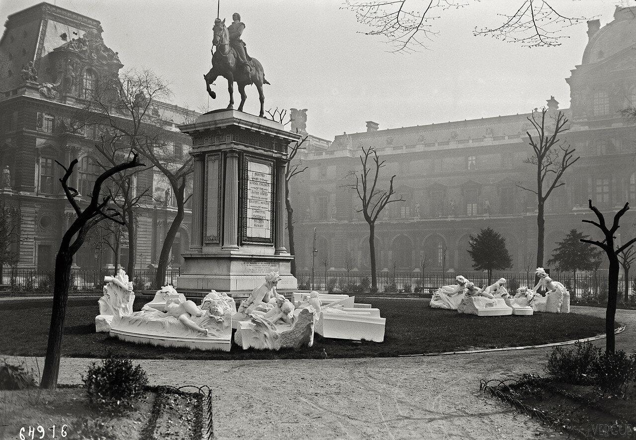 1921. Площадь Каррузель
