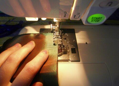Бесплатные бахилы... пошаговые инструкции по шитью