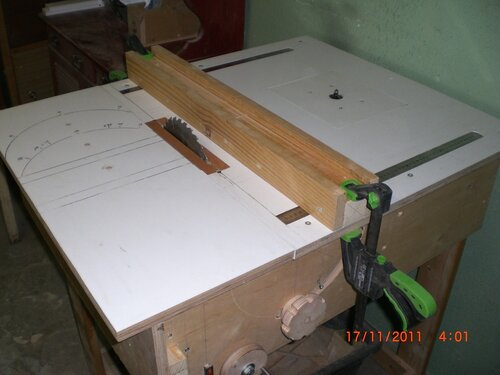 Токарный деревообрабатывающий станок для дома 112