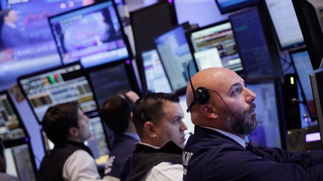 WTI впервые с июля пробила отметку в 50 долларов за баррель. биржи деловые