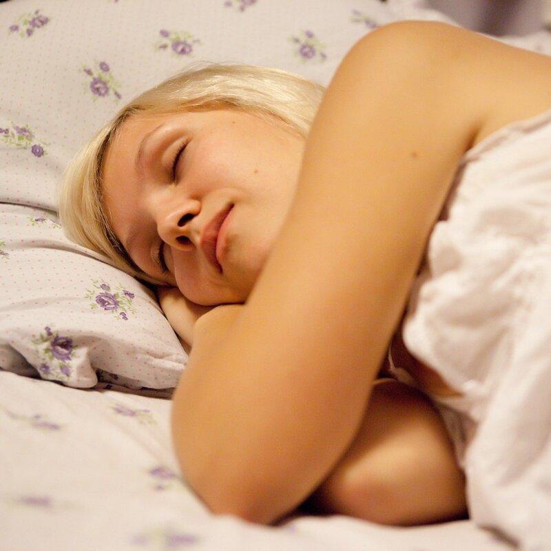 девка спит видео мешок чистыми