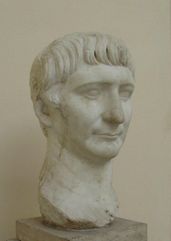 Портрет Траяна