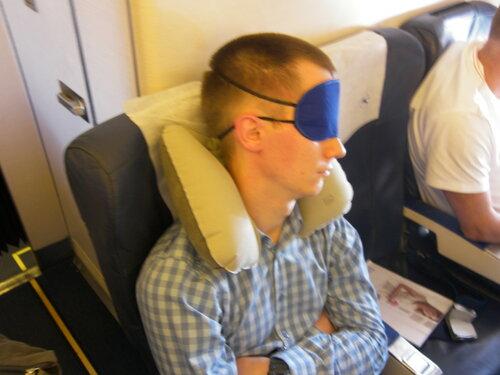 "2015-07-02  Boing 737  - Не мог не заснять (наугад, т.е. фотоаппарат - в положении ""висит на шее, никого не снимает"" )))"