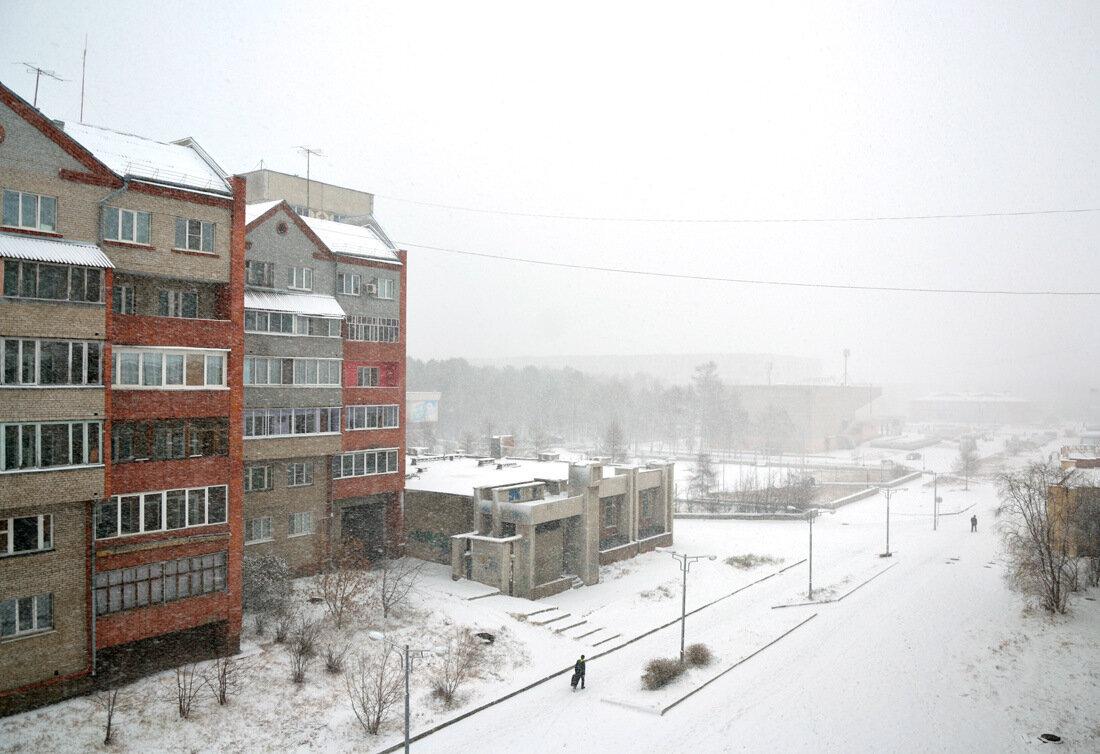 Зима торжествуя
