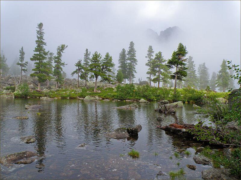 Туман на озере Художников