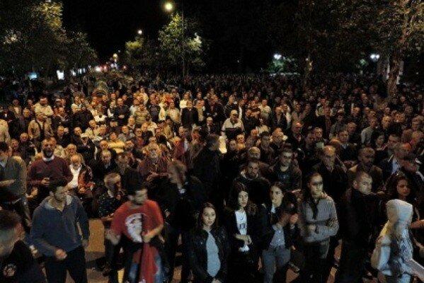 Черногория, митинг, политика