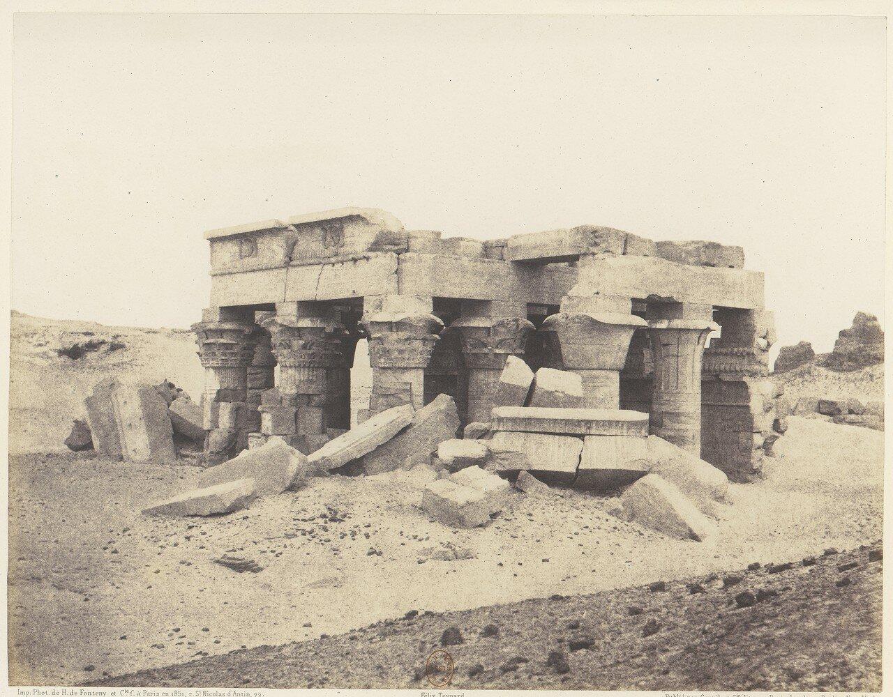 Ком-Омбо. Общий вид руин.