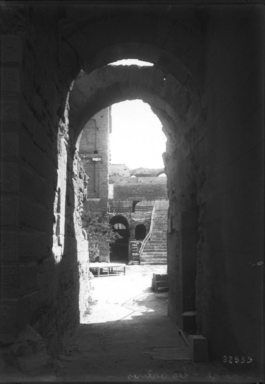 Амфитеатр. Проходы к арене. 1913