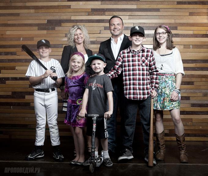 марк дрисколл и его семья