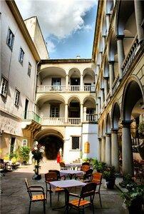 Львов.Итальянский дворик