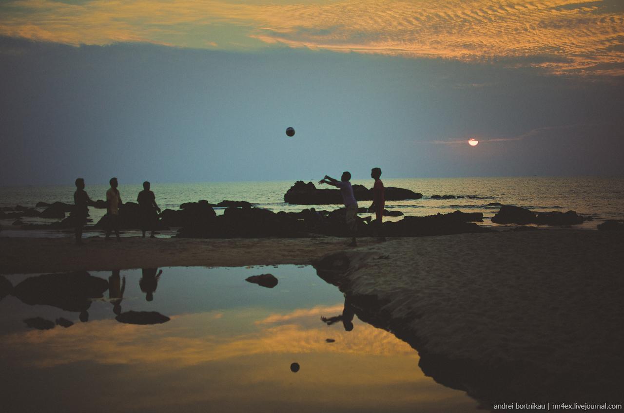 Закат в Гоа, Арамболь