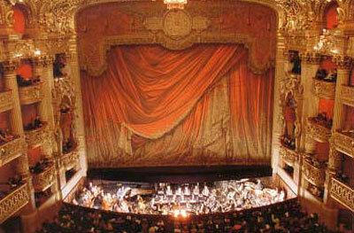 Сцена Гранд-опера