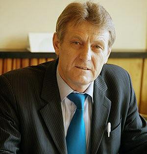 В Арсеньеве депутаты отдали мэра на расправу
