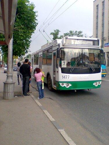 Теперь движение троллейбусов