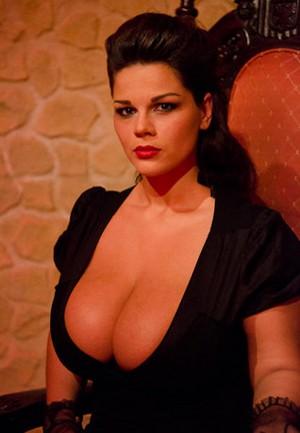 Мария (Мия) Зарринг - 12 размер бюста ... http://img-fotki.yandex.ru/get/5823/130422193.8e/0_6fb7f_7b5da558_orig